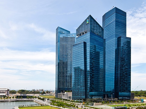 building-marina-bay-financial-centre-singapore-555x416.png